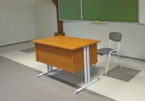 Nevelői bútorok