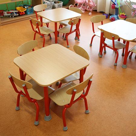 Óvodai székek és asztalok