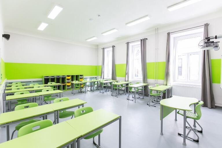 iskolabutor