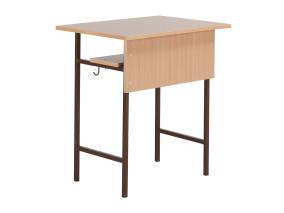 10.Négyzetcsõvázas tanulóasztal egyszemélyes